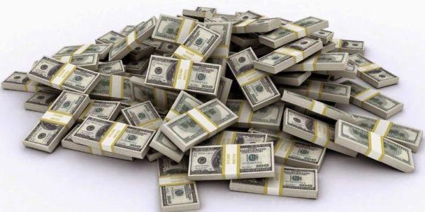 деньги доллары много